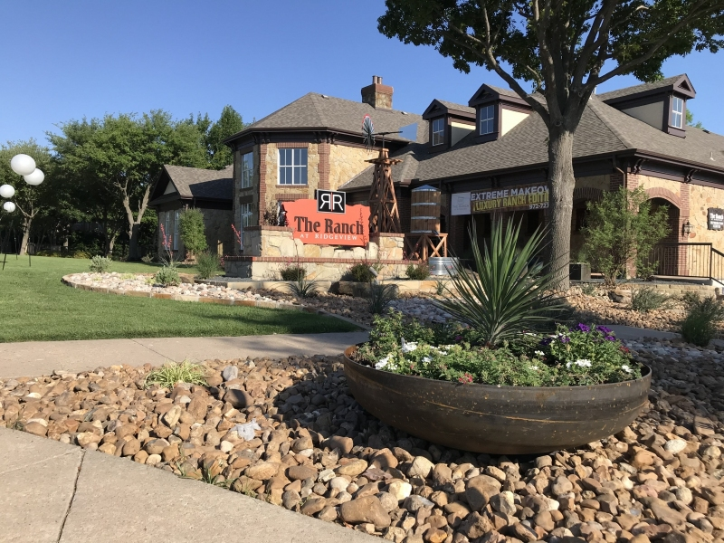 Ranch-Ridgeview-Front